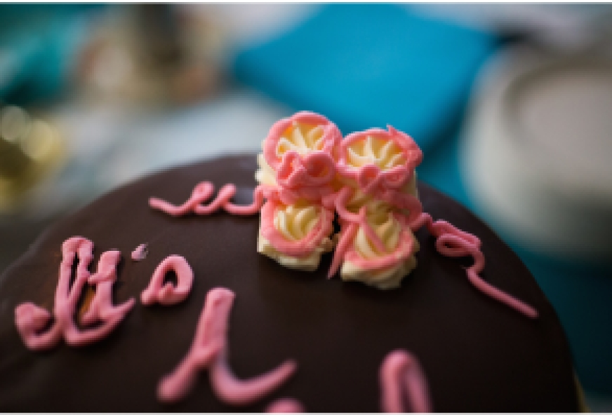 Image of Rossi's Italian Bakery Baby Shower Cake